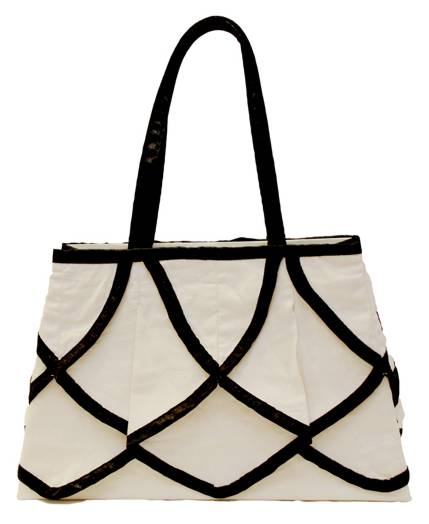 Ascot Ivory Luxury Gift Bag - Size Small